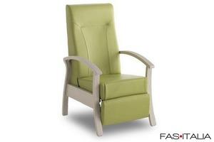 Sedie divanetti e poltrone per case di cura fas italia for Poltrone di piccole dimensioni